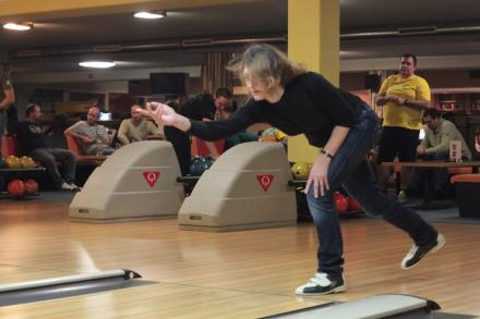 bowling_advent-2013-06.jpg