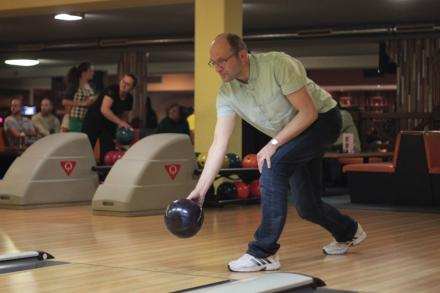 bowling_advent-2013-08.jpg